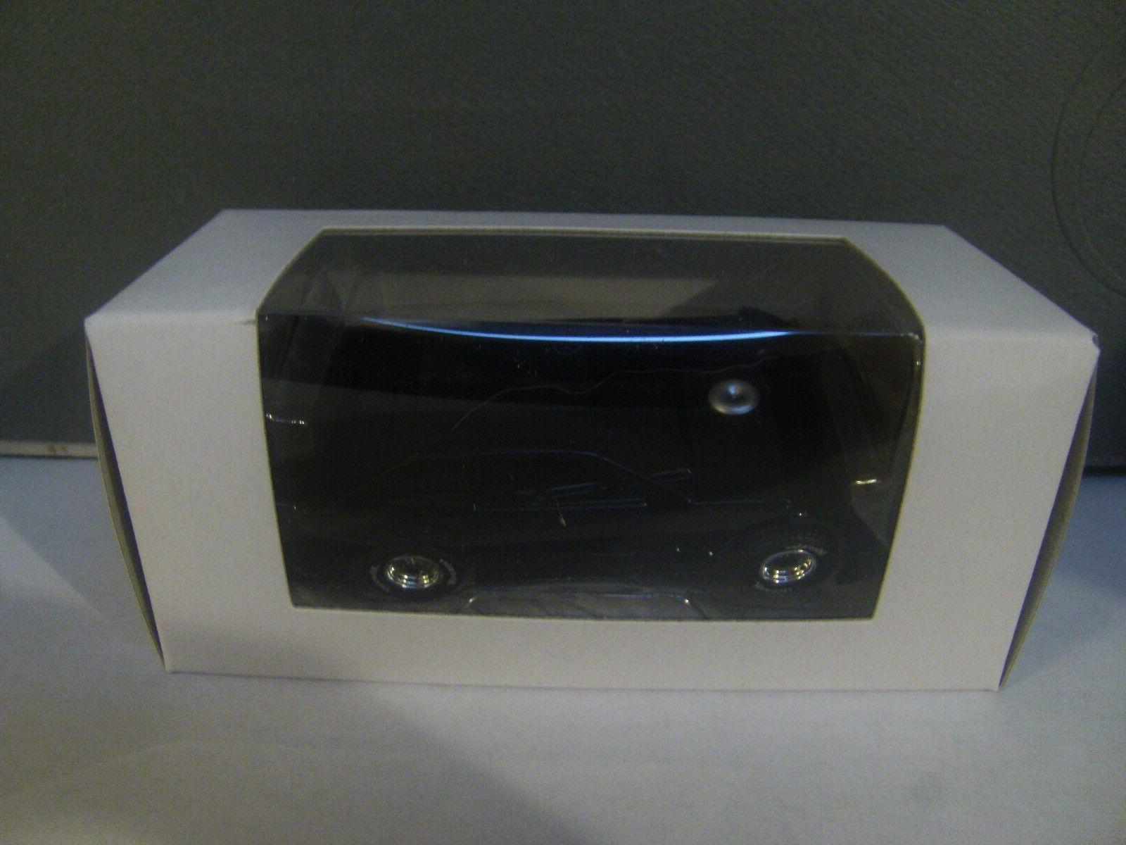 rare black w blue chassis blank dirt
